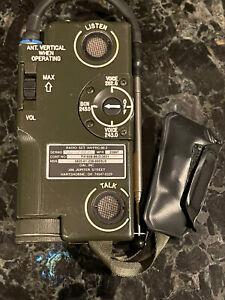 US MILITARY AIRCRAFT AVIATION SURVIVAL EMERGENCY RADIO SET AN/PRC-90-2