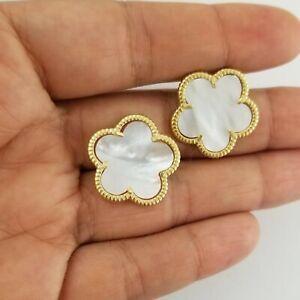 dangling four leaf clover earrings quatrefoil black onyx clover jewellery Ivory white pearl earrings gold plated pearl earrings PR03