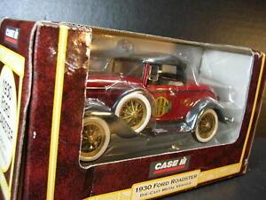 MIOB NRFB  1999 ERTL 14018 CASE / IH 1930 FORD ROADSTER w/ Case / IHC Logo