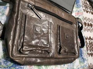 Spikes und Sparrow Ledertasche, Messenger Bag, Laptoptasche
