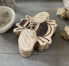 Set 4 Rustic Wooden Coasters Drinks Mats Mango Wood Bee Coaster Home Decor Gift