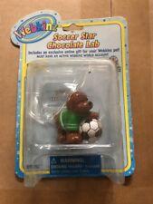"""Webkinz 3"""" Figur, Fußballstar Chocolate Lab mit geheimen Online Code von ganz"""