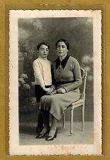 Carte Photo vintage card RPPC Femme et son fils robe en laine mode fashion ph076