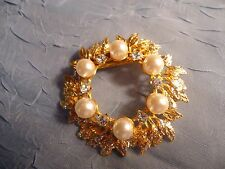 Vintage Lovely Circle Brooch with Pearls and Rhinestones - Unique