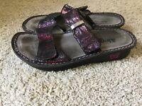 Alegria Electric Purple Leather Slip On Sandals Size 7