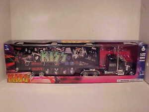 PREORDER KISS Kenworth W900 Semi Truck Trailer Diecast Plastic 1:32 NewRay 22in