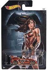 Hot Wheels Batman vs Superman Tantrum Wonder Woman
