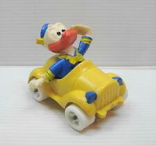 Figurine ancienne PVC Disney Donald Duck en voiture type schleich bully heimo ..