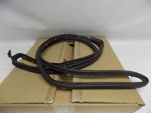 New OEM 2002-2010 Ford Mercury Rear Door Surround Weatherstrip Seal Right Side