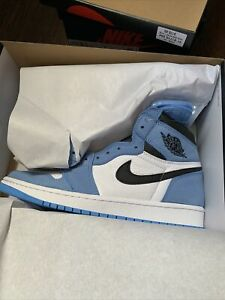 Air Jordan 1 High OG University Blue 555088-134 Men Size 8.5 in hand