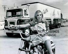 1979 EVEL KNIEVEL XR-750 HARLEY DAVIDSON MOTORCYCLE SEMI TRUCK SEXY GIRL PHOTO