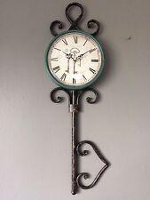 Shabby Francés Vintage inusual reloj pared de metal clave cardenillo Verde Y Negro