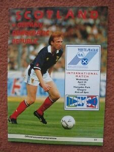 SCOTLAND v EAST GERMANY 25TH APRIL 1990 World Cup Qualifier