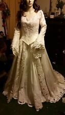 VINTAGE HEAVY BROCADE WEDDING GOWNHOUSE OF MARY
