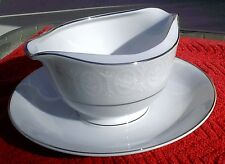 Mimosa  - Moderne (Qty 1) gravy boat w/ underplate / Mint- condition