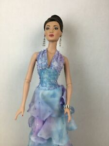 FASHION ONLY Watercolour Cool Carrie NO DOLL INCLUDED Sydney Tyler Tonner