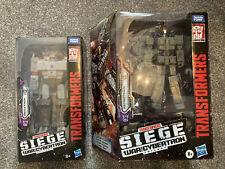 Transformers War for Cybertron Siege Leader Astrotrain & Megatron