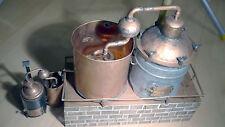 Modell einer Alkoholbrennerei für Drink- oder Desinfizierungsalkohol mitte 20.Jh