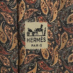 Hermes Paisley Pattern Neck Tie, Tan Green Silk Geometric Luxury 821 EA Vintage.