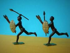 BRITAINS RARE ANTIQUE C1915 LEAD ZULU RUNNING WARRIORS WITH SPEARS x 2
