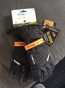 Trekmates Harrison Glove Men Medium high-quality Gore-Tex finger gloves for men
