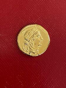 Rare Julius Caesar Gold Aureus Coin struck C. 48 47 BC Gallic Trophy of Arms
