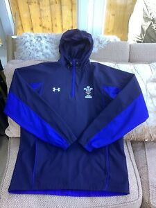 Under Armour Wales Rugby Union 1/4 Zip Hooded Jacket Size Large Very Good Cond