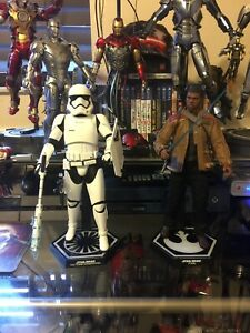 Star Wars Finn Riot Trooper Hot Toys MMS346 The Force Awakens