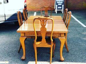 Edwardian Oak Extending Table & 6 Chairs.