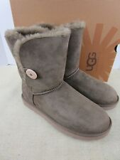 UGG BAILEY BUTTON 5803/DLF Dry Leaf WOMENS SIZE 10 WINTER BOOT