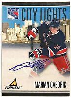 2010-11 Pinnacle Marian Gaborik Auto #'d 16/100 City Lights Rangers Slovakia #74