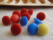Lot 11 mini boutons anciens en verre idéal poupée 0,9 cm ref 1734