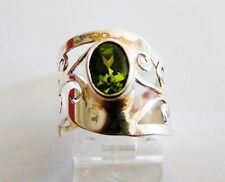 Ring With Filigree Band Sterling Silver 925 Genuine Peridot