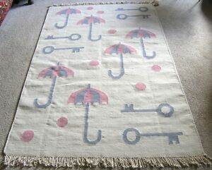 Hand Woven Rug Carpet Wool 4x6 ft Dhurrie Kilim LN Keys Umbrellas Pink Balls