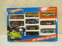 Hot Wheels 10 Car Pack Set 2011 w/ Beetle & Honda Civic New Sealed