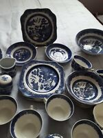 35 Pc Vintage Blue Willow Johnson Bros Made In England ~Hand Engraved Dinnerware