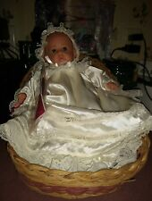 "Gotz Puppenmanufaktur Sammler Edition 11"" Debbie  W/ Pillow& Basket"