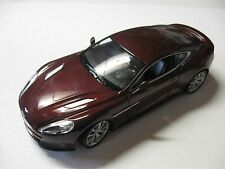 WELLY 1:24 SCALE ASTON MARTIN VANQUISH DIECAST CAR MODEL W/O BOX NEW!