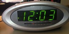 Timex T233G Nature Sounds Clock AM FM Radio Alarm