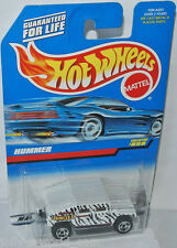 #858 - HUMMER - white/black - 1:64 Hot Wheels 1997