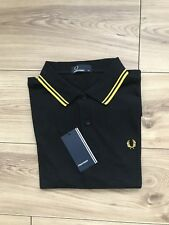 BNWT  Men's  Authentic Fred Perry  M1200 506  Polo Shirt. Classic Fit. Medium