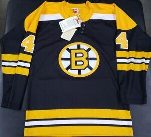 BRAND NEW MITCHELL&NESS NHL BOSTON BRUINS BOBBY ORR VINTAGE JERSEY - MEDIUM