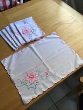 More details for set of 6 vintage appliqué embroidered cotton placemats in excellent condition