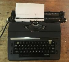 Vintage Sears The Corrector Portable Electric Typewriter w/Case 268.53501