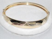 14K Gold Bangle Bracelet with Beautiful Design