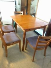 Vntg Maple 5 Pc Kitchen Set 4 Chairs Hidden Self-Storing Leaf Dining Table, Pads