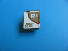 IGOL Oil Company GTZ Oil Can pin badge. Enamel.