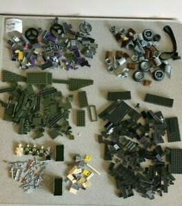 Mega Bloks lot of misc vintage military pieces + minifigs + weapons and Halo