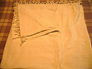 A NICE LARGE WHITE COTTON THROW OR BED COVER W/FRINGE DOUBLE