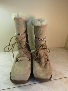 ULU Women's Event Waterproof Winter Boots Beige Suede Leather Sherpa Lined US 8